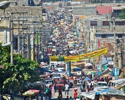 A scene from a Port-au-Prince street.
