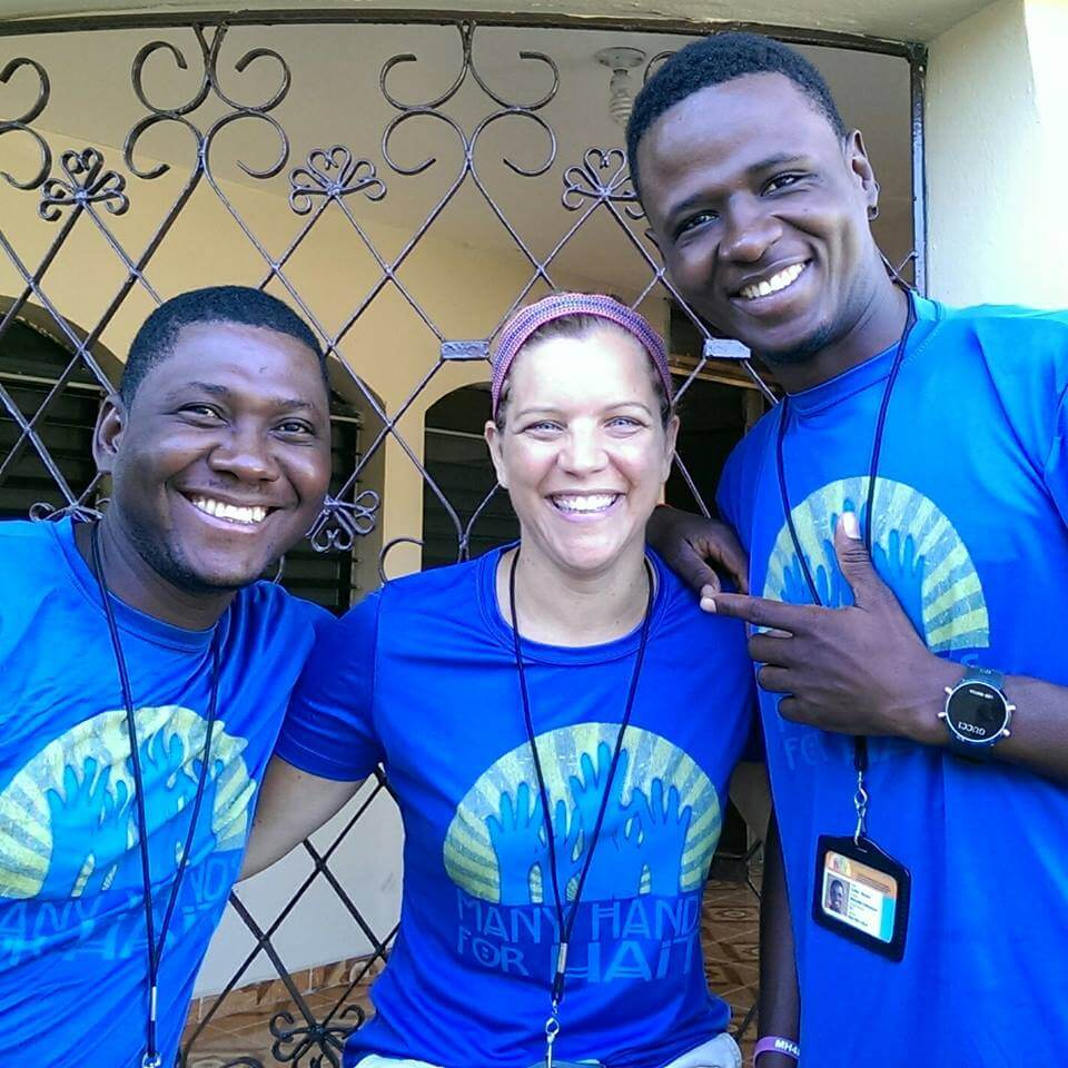 Claudin, Sara, and Woody are truly better together when they where the same shirts! (it was unplanned)